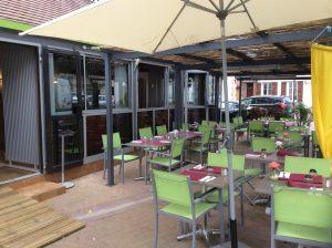 La terrasse du restaurant l'Ostéria à Provins en Seine et Marne, 77